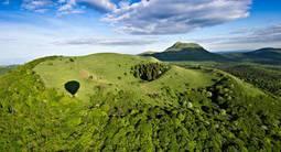 Vol en Montgolfière au dessus des Volcans d'Auvergne