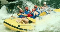 Rafting dans les Gorges de l'Allier Langeac près de Clermont-ferrand