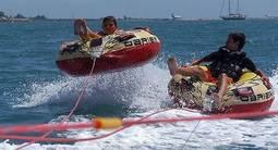 Bouée tractée et balade en Kayak à Antibes