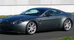 Pilotage d'une Aston Martin Vantage - Circuit de Bordeaux-Mérignac