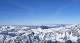 Baptême en Parapente depuis le Plan de l'Aiguille face au Mont-Blanc