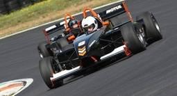 Stage de Pilotage en Formule 3 - Circuit de Pau Arnos