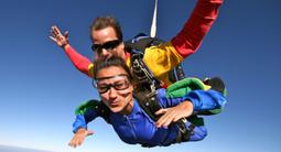 Saut en parachute tandem à Cahors