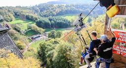 Tyrolienne géante depuis le Viaduc de la Souleuvre