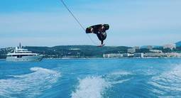 Tour de Wakeboard ou de Ski nautique à Saint Laurent Du Var